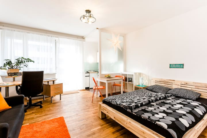 studio13 central and cozy studio apartment Graz