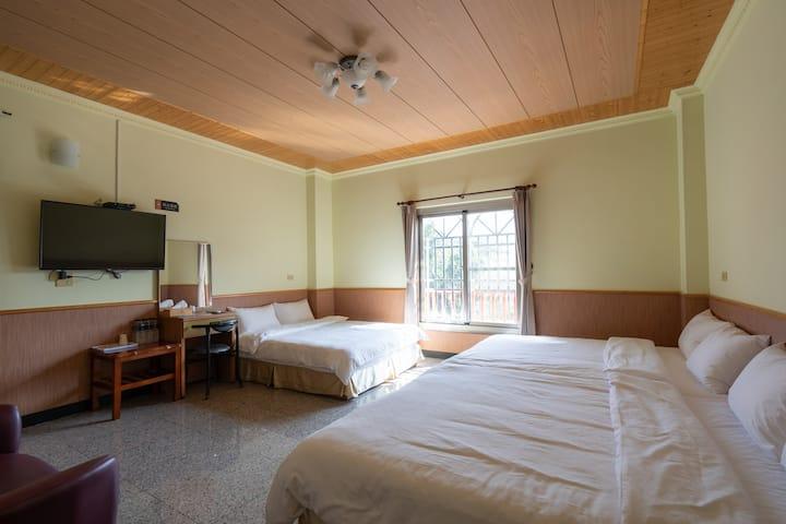 Alishan Tea homestay*room for 6 people
