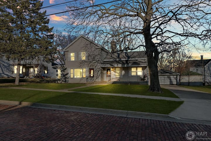 Updated and Spacious Home in Historic Huntley