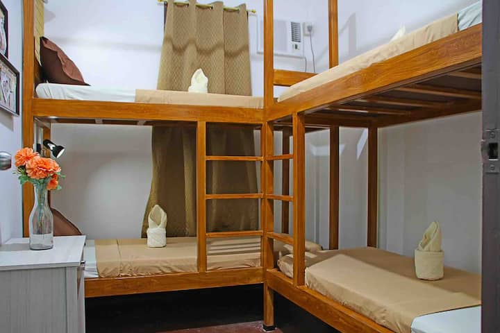 4 person shared (price per bed)