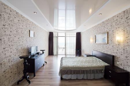 2116 Апартаменты в Совиньоне с видом на Море - 오데사 - 기타