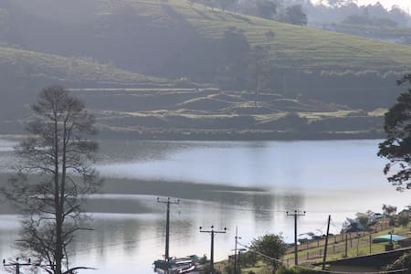 Charlie's Place - 300 meters to Lake Gregory  (B) - 努沃勒埃利耶(Nuwara Eliya)