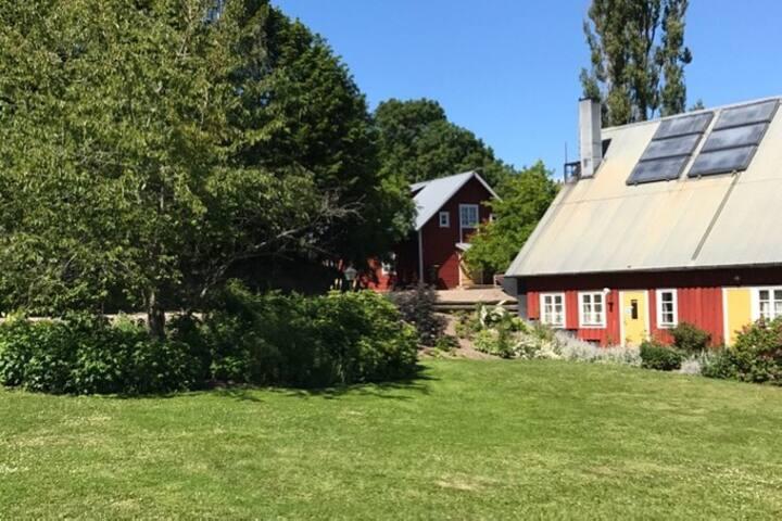 Boende på gård mellan Linköping Norrköping