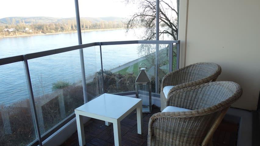 Wohnung mit Rheinblick