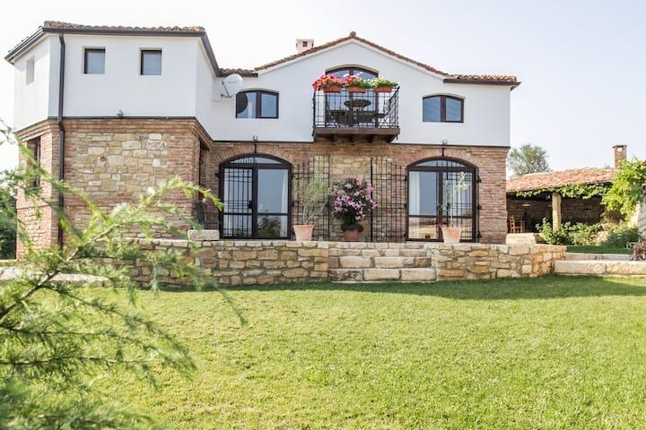 Villa Vita -mit eigenem Swimmingpool