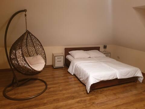 Duży pokój dwuosobowy w Domku na Kaszubach