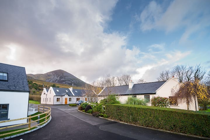 Mountain View Cottage - Westport - Srub