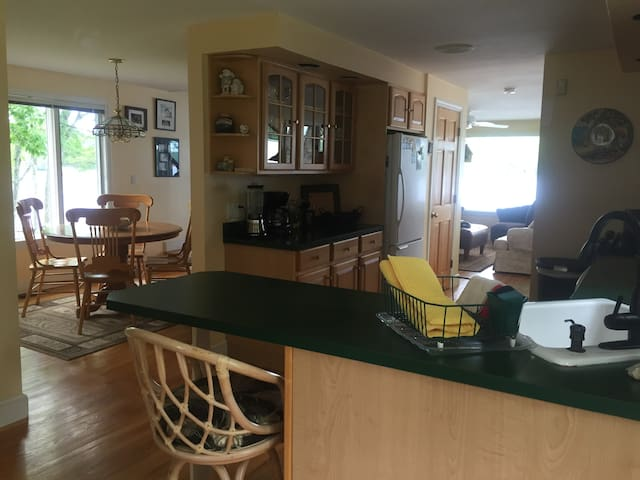 Cottage on 5ft off Kennebunk Pond - Lyman - Ev