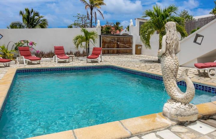 Villa Mareva 4 chambres a 3 mn à pied de la plage de la Baie Orientale