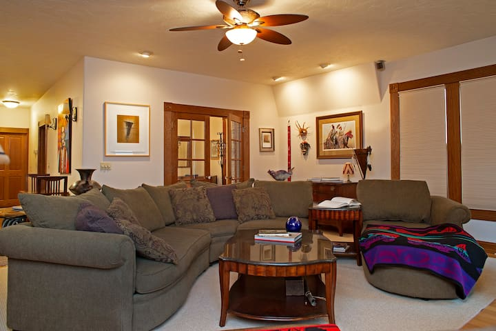 Raley House - 3 Bedrooms
