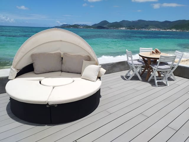 Apartment with 2 bedrooms in Saint-Martin, with wonderful sea view, shared pool, furnished terrace