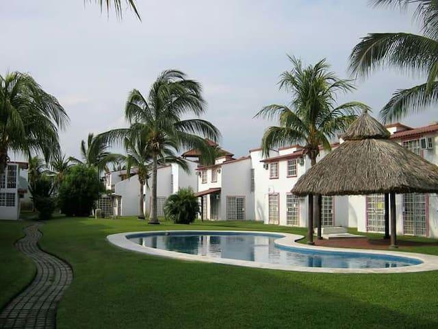 Casa de descanso Acapulco Diamante. Frac. Marquesa