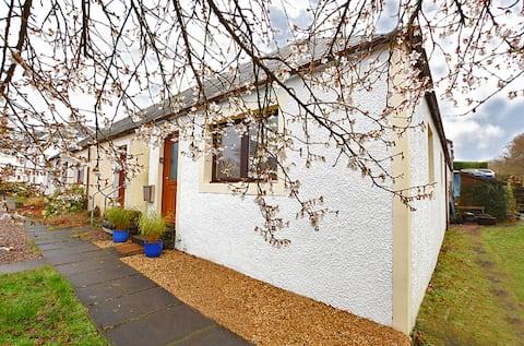 10 Torlundy Courtyard. Cosy Highland Getaway