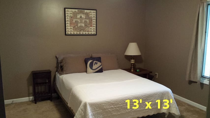 Affordable vacation with Style (3 rooms available) - Goose Creek - Haus