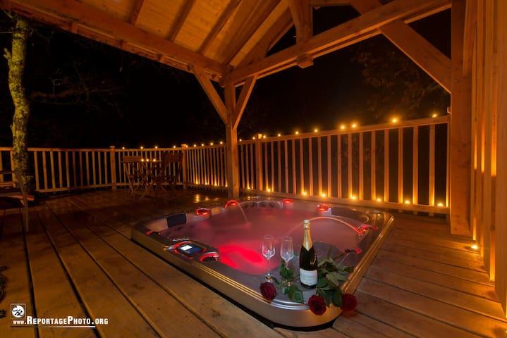 cabane perchée avec spa privatif - Puygaillard-de-Quercy