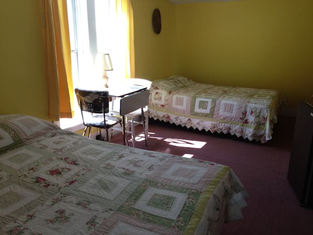 The Sea Camp - SURF & STAY  on the ocean 5 BR - Old Orchard Beach - Apartamento