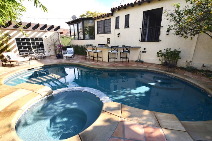 3 Bdrm/Pool walking distance to Universal Studios - Los Angeles - Hus