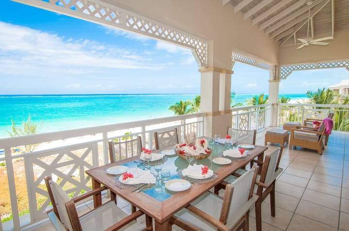 80% OFF! RARE ALEXANDRA RESORT 2 BDRM BEACHFRONT