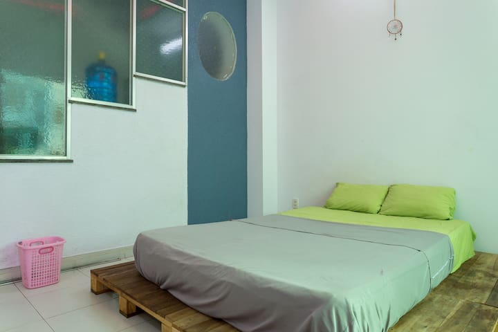 Private room in international sharehouse - NHC_1T - Ho Chi Minh City - Hus