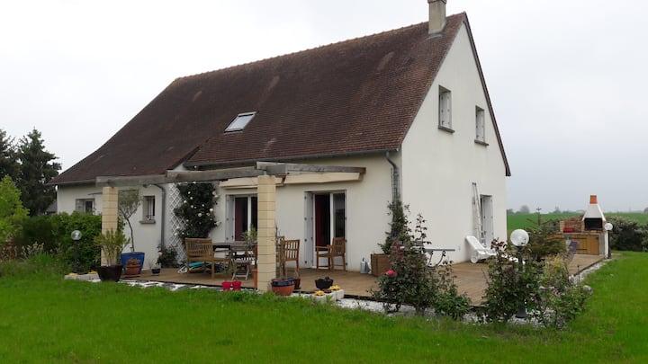 Grande maison et jardin très calme  2 chambress