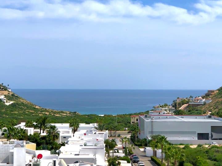 Romantic Ocean View Condo
