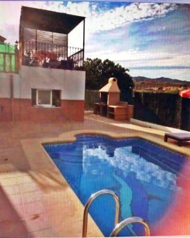 Bonita casa en Los Gallardos, junto a Mojácar - Los Gallardos - Dom