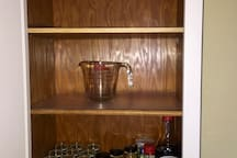 Kitchen is well stocked with condiments ! Spices, Soy Sauce, Olive Oil and Vinegar , etc...