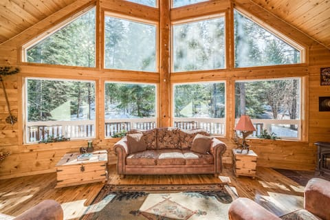 Peaceful and Picturesque Cabin