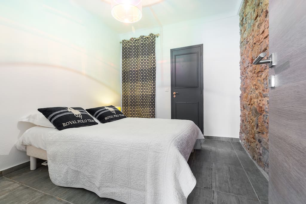 Double bedroom with en suite facilities shower hand wash and toilets.