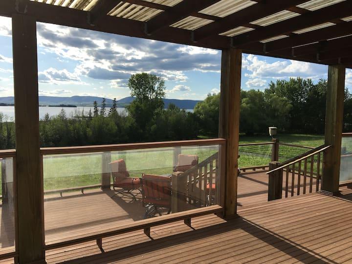 Stylish Home with Sauna and Grand Lake Views