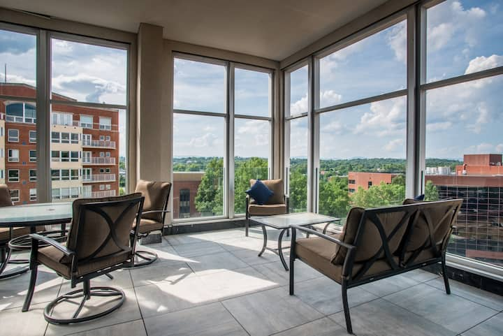 Modern, Million Dollar Condo in Historic Downtown