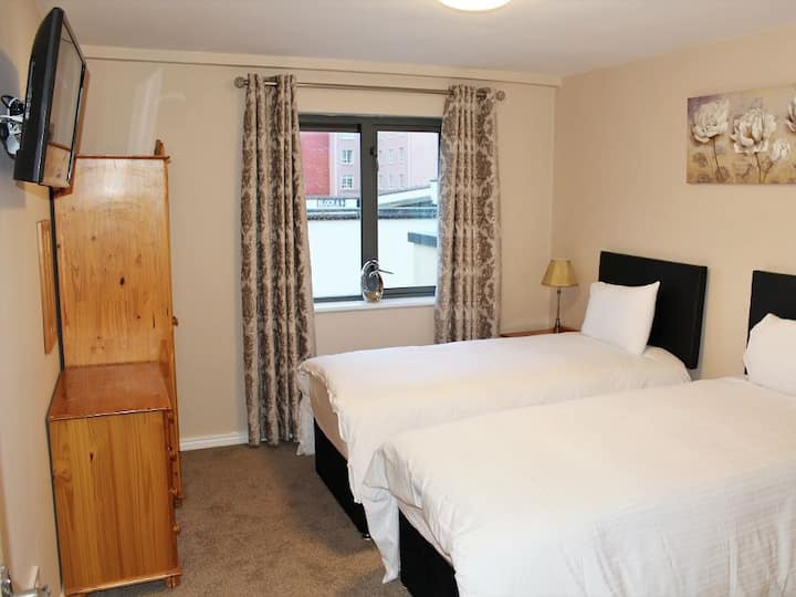 Glenveagh Court luxury two bedroom apartment