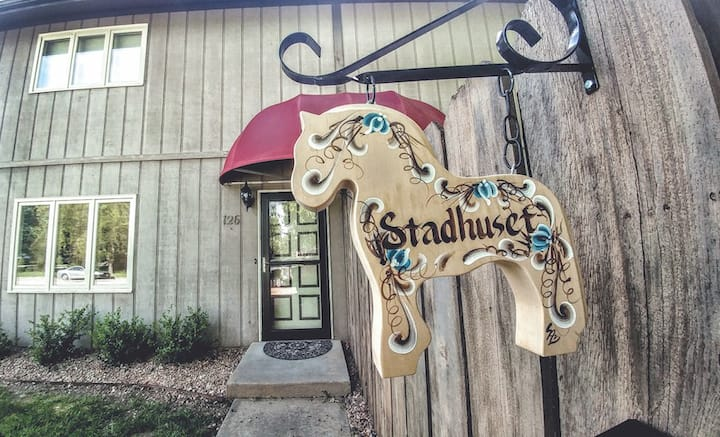 Lindsborg Vacation and Executive Rentals: Stadhuset