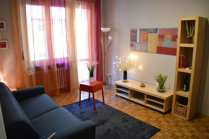 Casa Nora- cosy flat with 2 bright bedrooms