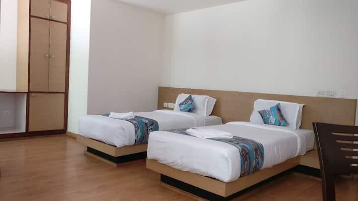 Hotel Ninamma deluxe twin room