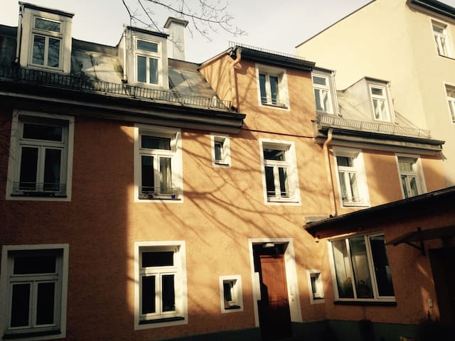 Townhouse Centrale Stadt Hause ganz central
