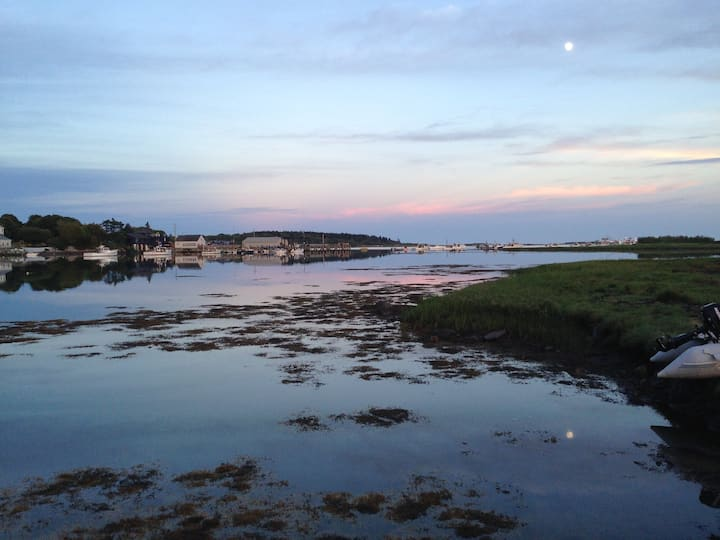 Charming Cape Porpoise Lobsterman's Cottage