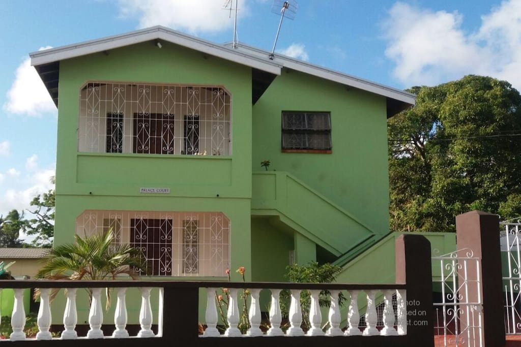 Well appointed apartment surrounded by tropical fruit trees