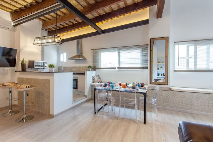 Cabanyal-3 Bed, Beach-City Penthouse-Terrace-WI-FI - València