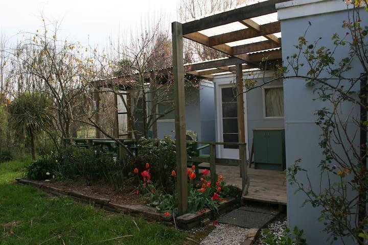 Gracebrook Hut