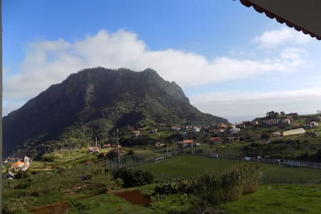 Pereira's House - Mountains & Sea - Porto da Cruz - Hus