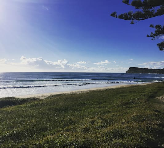 Alice's Beach House | King or Twin Share | Main St