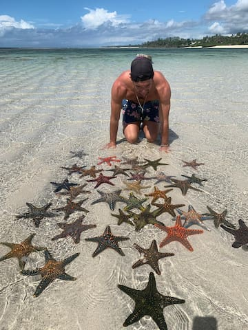 Just out front of us the beautiful Starfish Island.