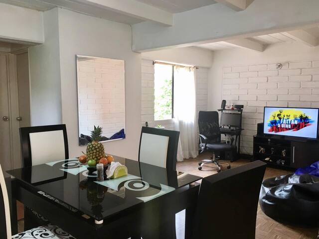 Excelente Habitación En Exclusiva Zona De Medellin