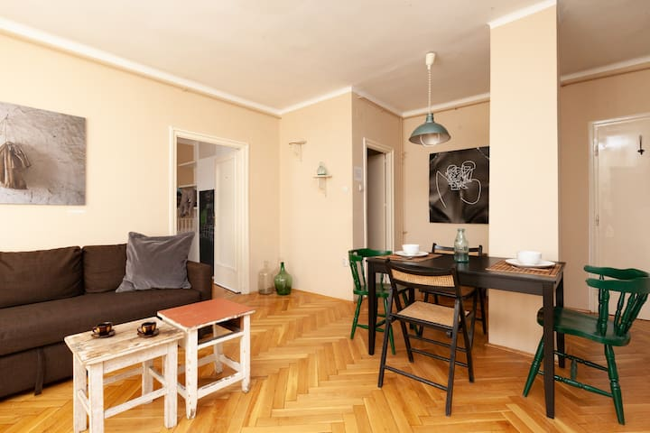 Cosy,Entire Appartement in the Center+2 Bikes free