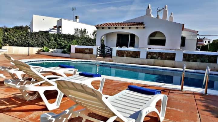 Villa Na y Veni, Cap d'Artrutx, Pool and Garden
