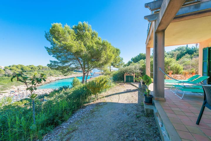 Spacious Holiday Home Son Moro II with Sea View, Wi-Fi, Air Conditioning, Balcony, Garden & Terrace; Parking Available