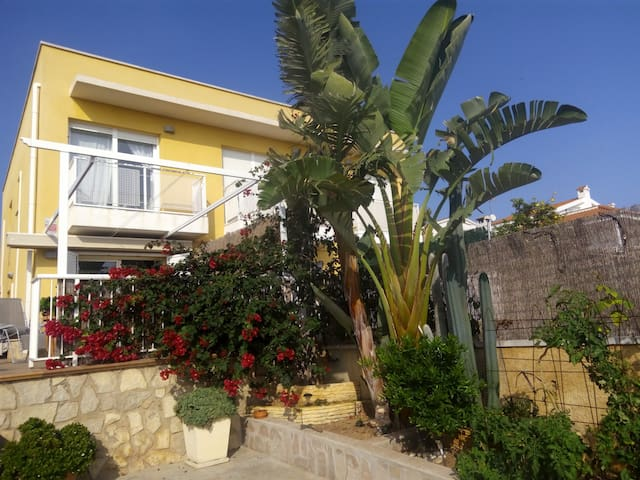 Duplex muy cerca del mar, tranquilo - Alcanar - Casa