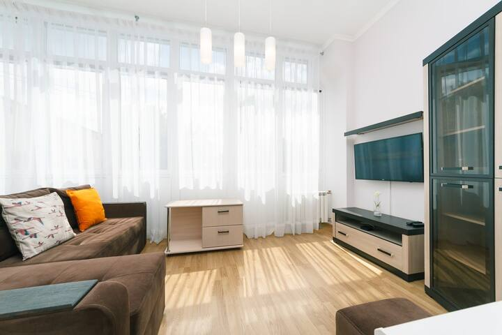 2-bedroom apartment on Lva Tolstoho str., 11