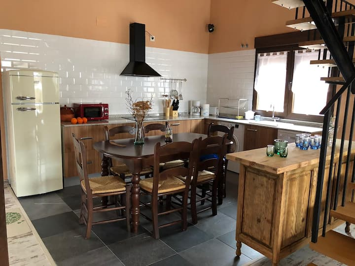 Preciosa Casa a 14 min. de Segovia, en La Salceda.